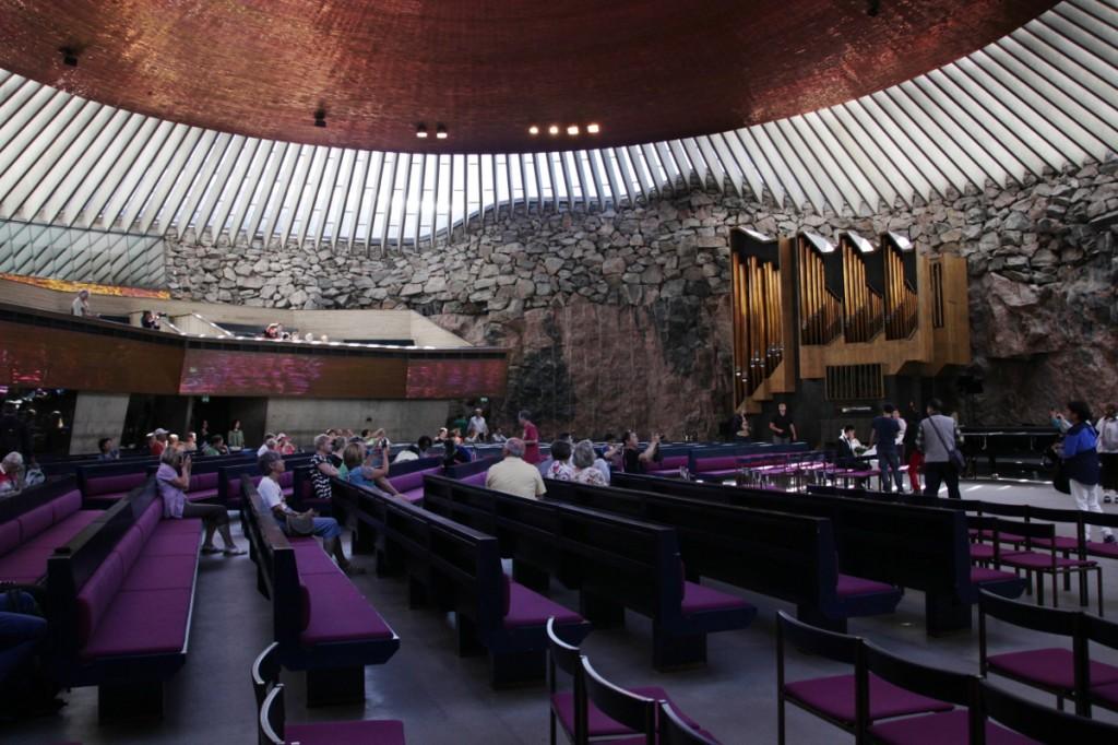 Innenraum der Temppeliaukio-Kirche